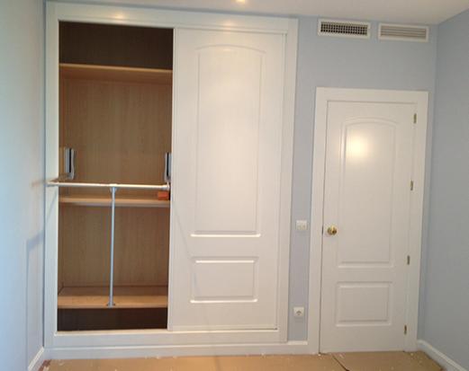 Puertas lacadas blancas decoraci n puertas miansa page 2 - Decoracion armarios empotrados ...