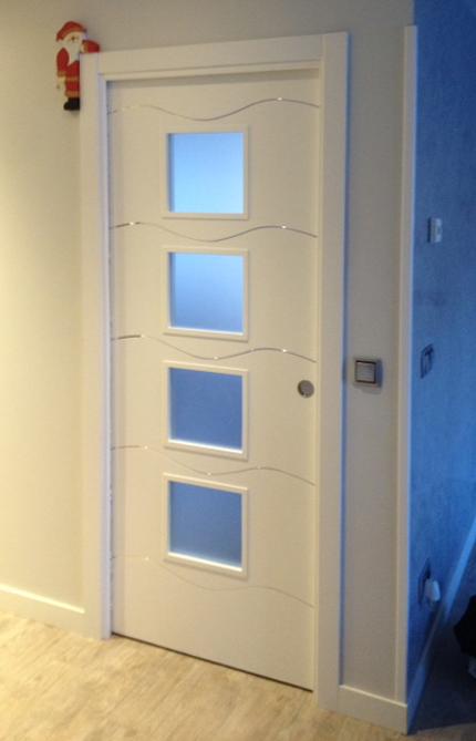Puertas lacadas blancas decoraci n puertas miansa page 2 for Precios puertas interior blancas