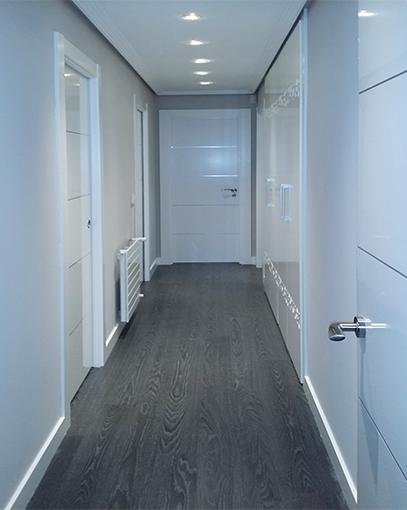 Puertas lacadas blancas decoraci n puertas miansa for Puertas blancas modernas