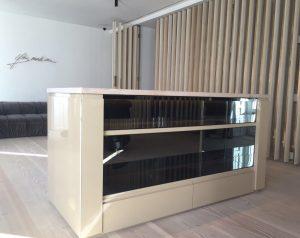 Mueble personalizado acabado