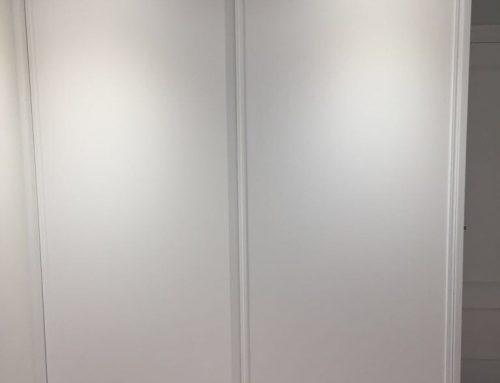 Frentes de armario y puertas de paso lacadas a medida